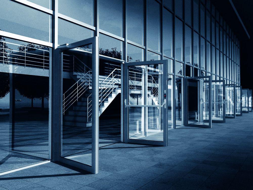 Le magasin p c p chassis pcv sch co corona ct 70 parquet cloisons peinture for Les portes aluminium